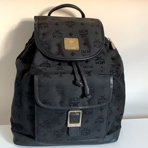 💕Authentic MCM backpack💕